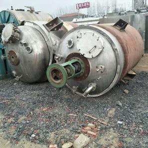 二手内盘管反应釜设备回收
