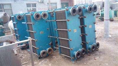 传热设备 换热器 15106739098 大量回收二手80板式换热器  板式换热器