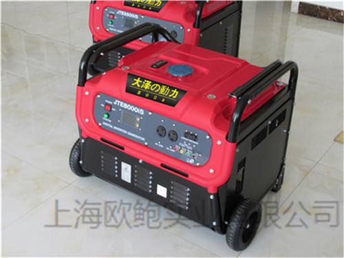 静音汽油发电机在一般的小型用户多半都是用微型汽油发电机组,手提式图片